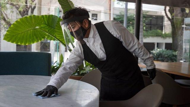 Coronavirus medidas sanitarias Restaurantes Covid-19 trabajo alimentos comedor comida meseros empleo restaurante
