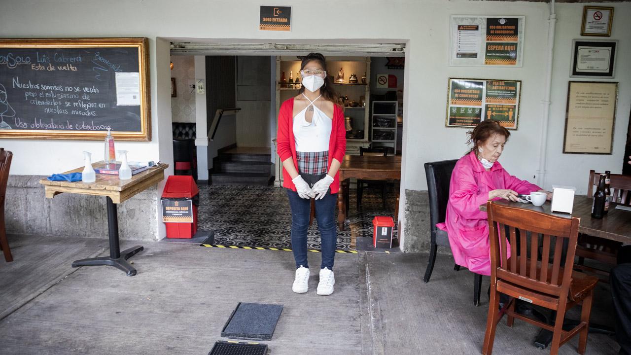 Covid-19: 2,272 nuevas muertes; epidemia activa cae hasta los 32 mil casos