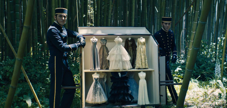 Dior se reinventa con la presentación de su colección de Alta Costura