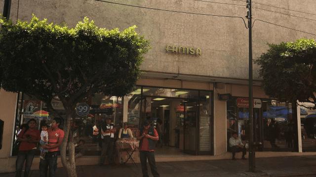 Grupo Famsa banco deuda reestructuración