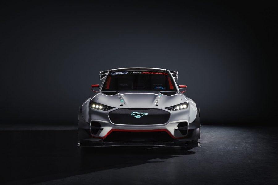 Ford presenta el Mustang Mach-E, su primer auto eléctrico fabricado en México