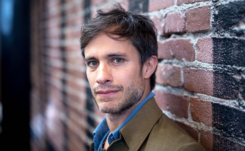 Gael Garcia M. Night Shyamalan