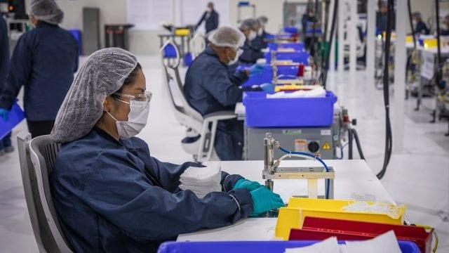 General Motors Cubrebocas mascariilas fabrica