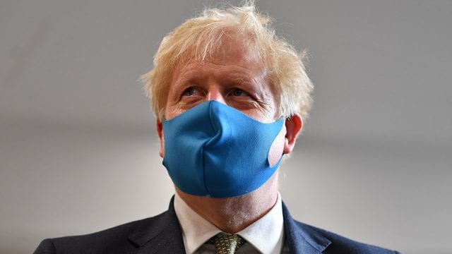 Boris Johnson-movimiento antivacunas