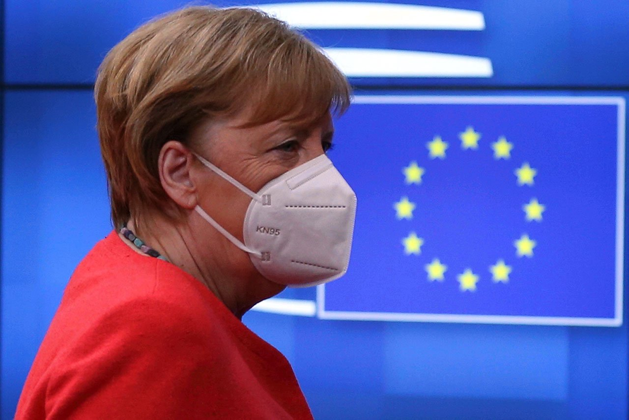 Merkel no descarta prolongar nuevas restricciones por Covid-19