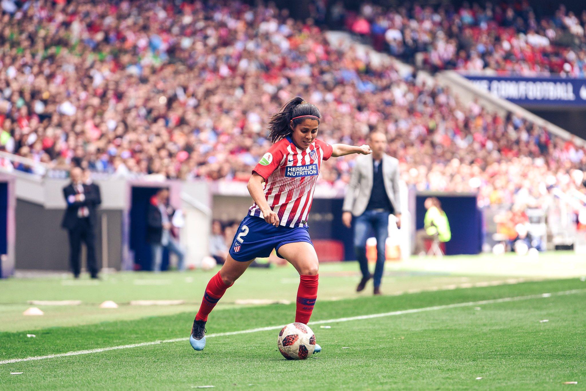 Kenti Robles, la primer mexicana en jugar para el Real Madrid
