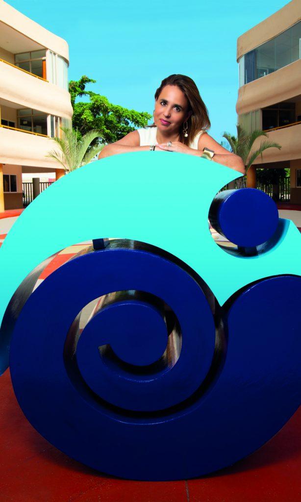 Eugenia Guzmán encabeza el desarrollo y planificación de los programas diferenciadores en el Colegio Inglés.