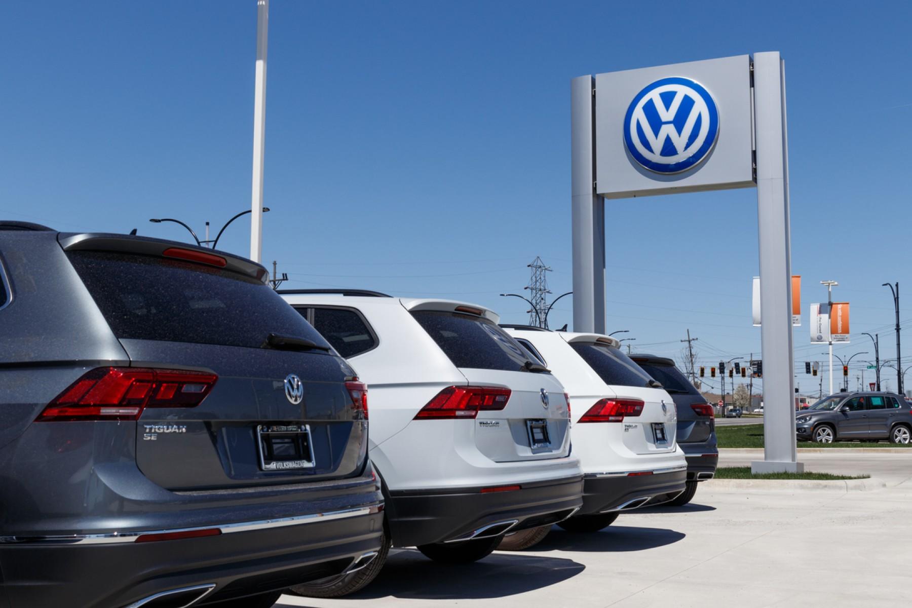 Distribuidor de Volkswagen ofrece disculpas por foto nazi