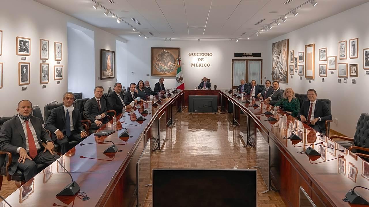 AMLO recibe a integrantes del Consejo Mexicano de Negocios