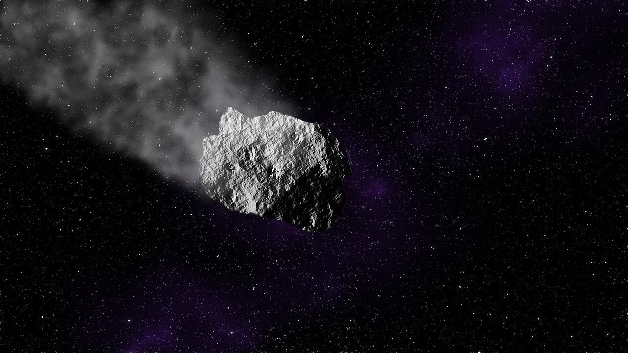 Dos adolescentes en India descubren asteroide que se dirige a la Tierra