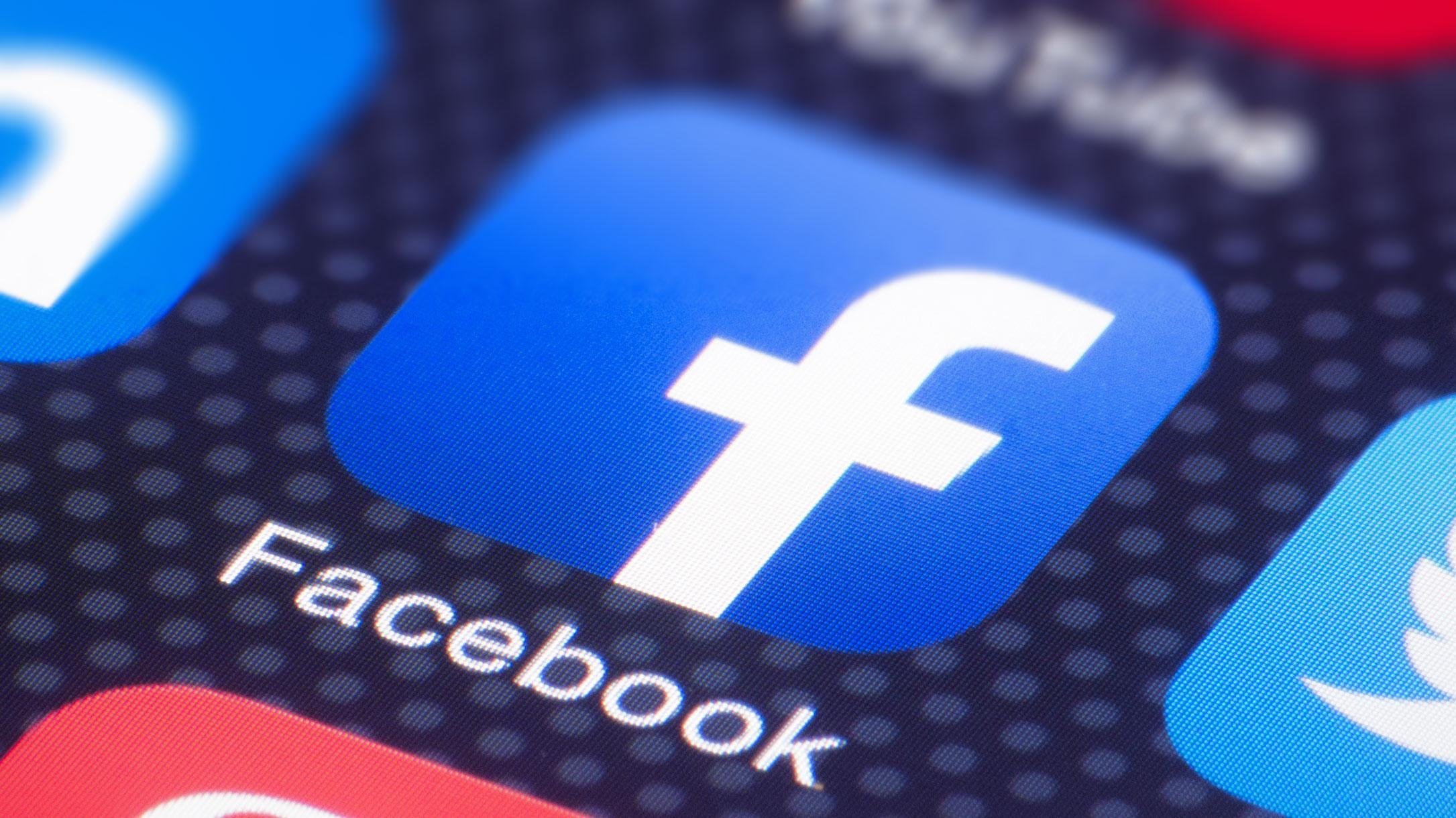 Facebook prevé un 2021 difícil a pesar de que pandemia disparó sus ganancias