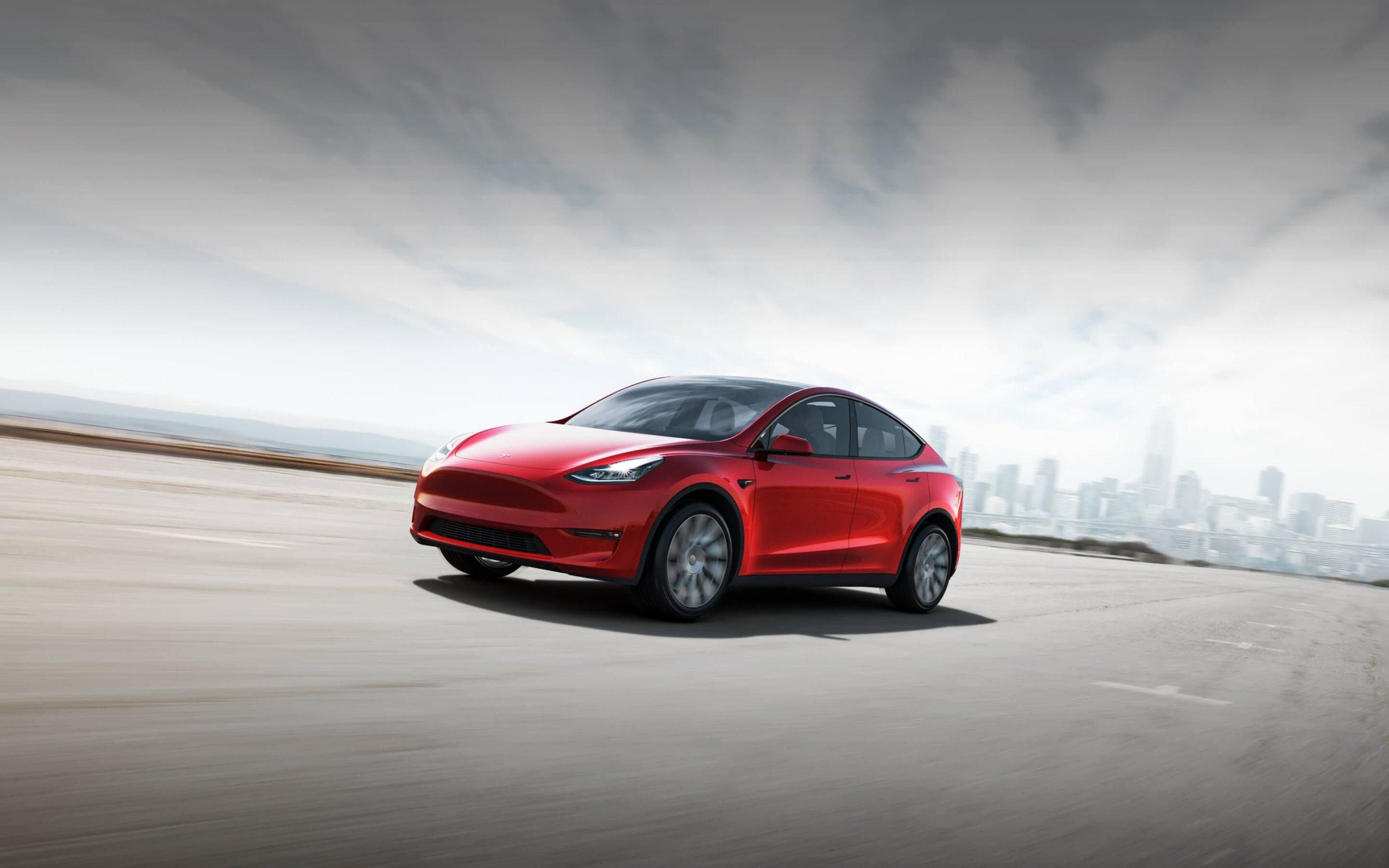 Tesla abarata costo de auto ante impacto por covid-19
