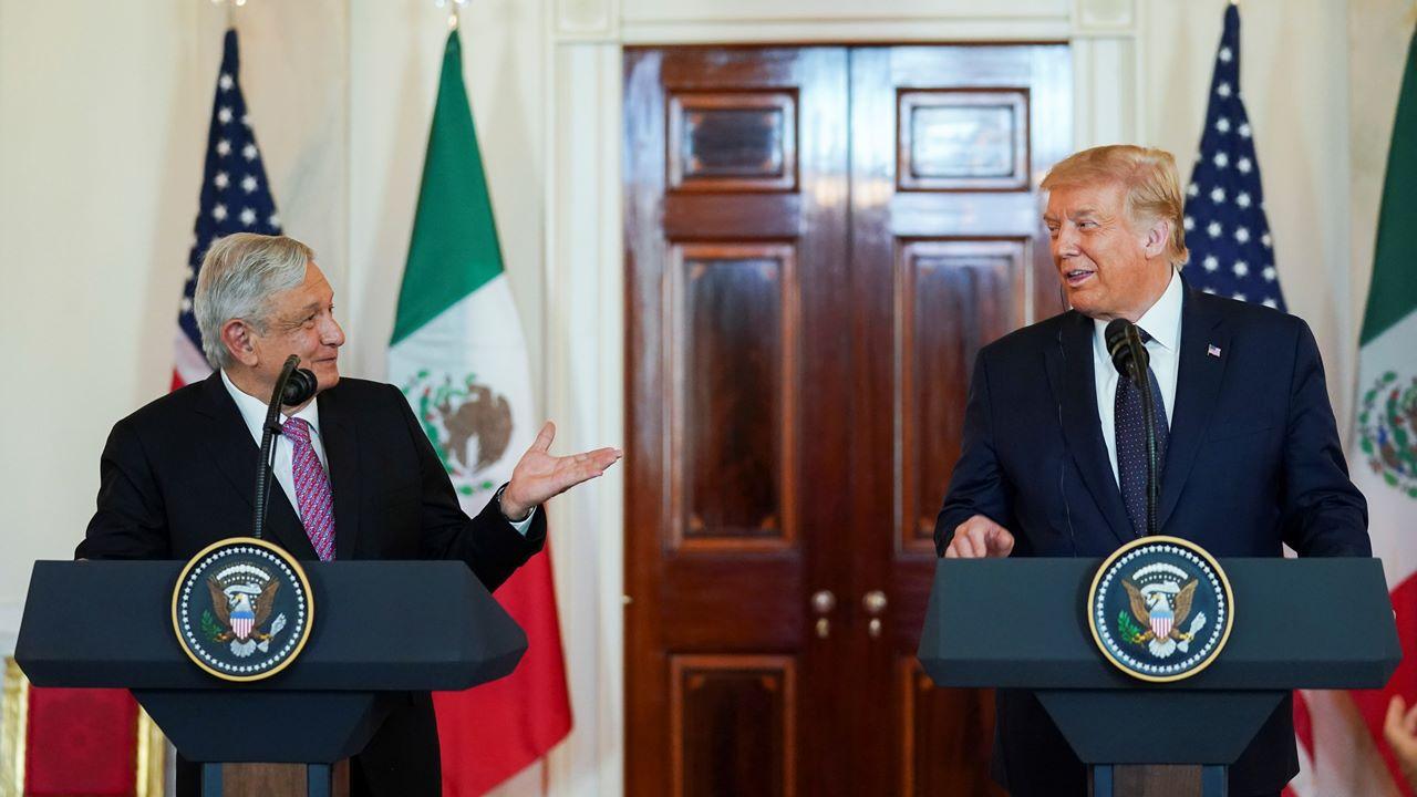 Trump reconoce 'contribuciones extraordinarias' de migrantes mexicanos