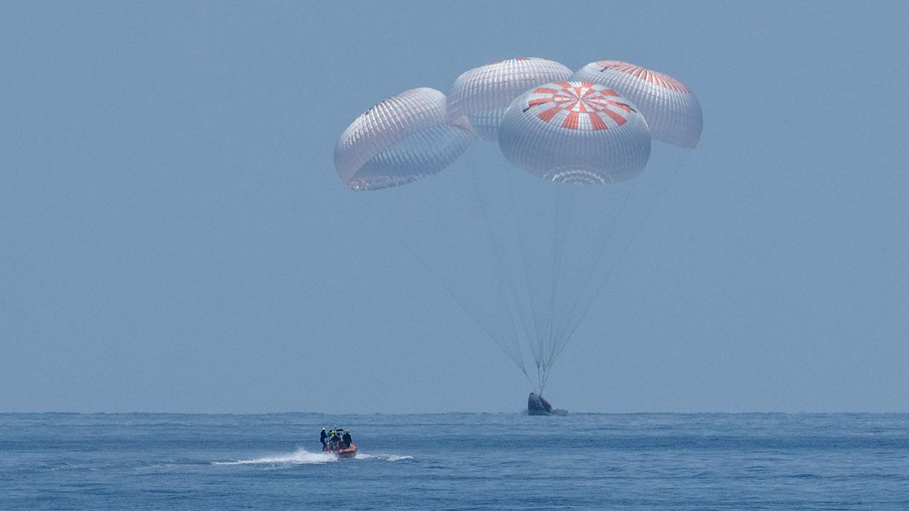 Fotogalería: Así fue el exitoso retorno de la cápsula SpaceX a la Tierra