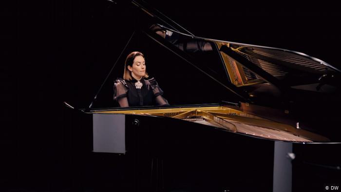 'La Orquesta Imposible' de la directora mexicana Alondra de la Parra
