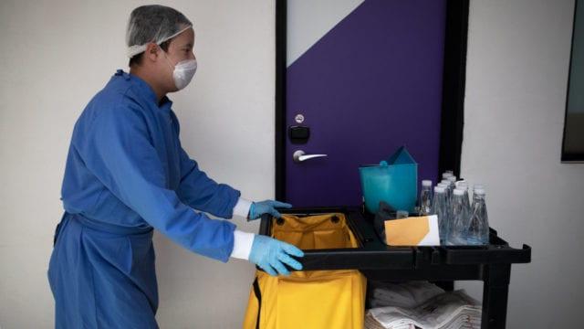 empleos covid hotel, hoteles coronavirus, covid-19, pandemia 2020 cubre bocas cubre boca