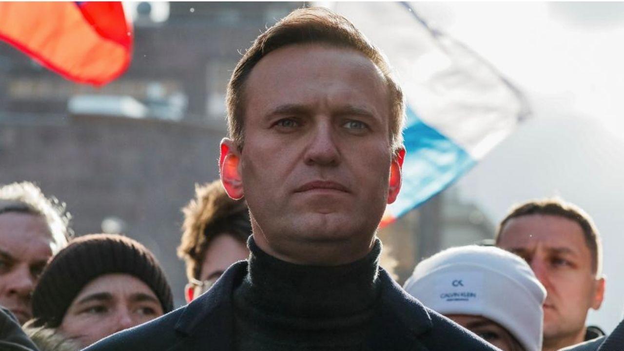 Líder opositor ruso al régimen de Putin, en coma tras ser envenenado