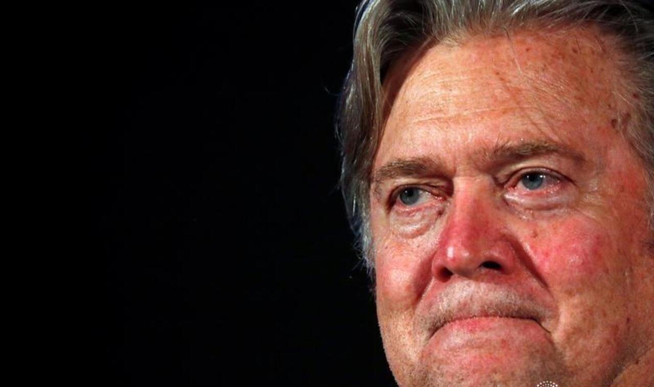 Detienen a Steve Bannon, exasesor de Trump, por fraude para construir muro con México