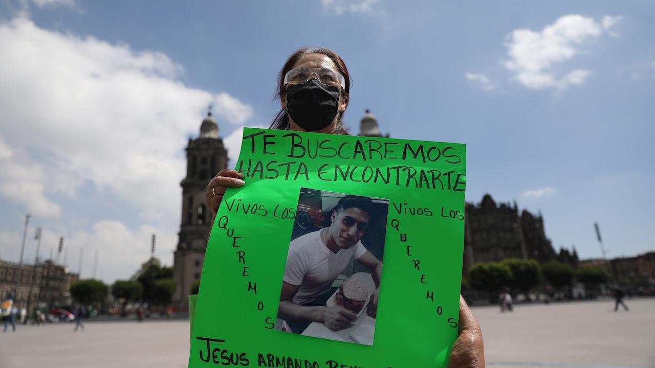 Familiares de desaparecidos marchan para pedir 'justicia y memoria'