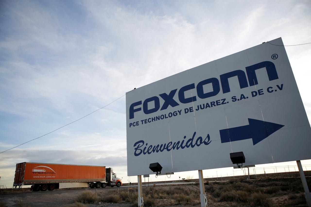 Foxconn decidirá entre México y Wisconsin para planta de autos eléctricos
