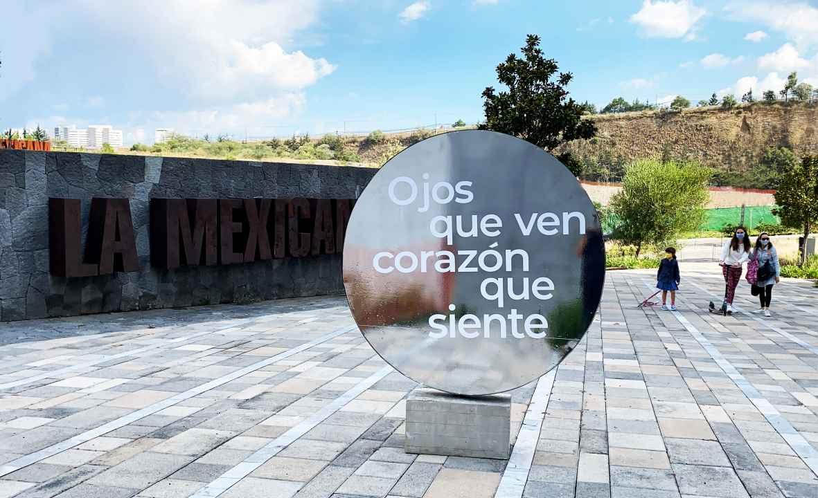 El arte de Rivelino propicia diálogo urbano en el parque La Mexicana