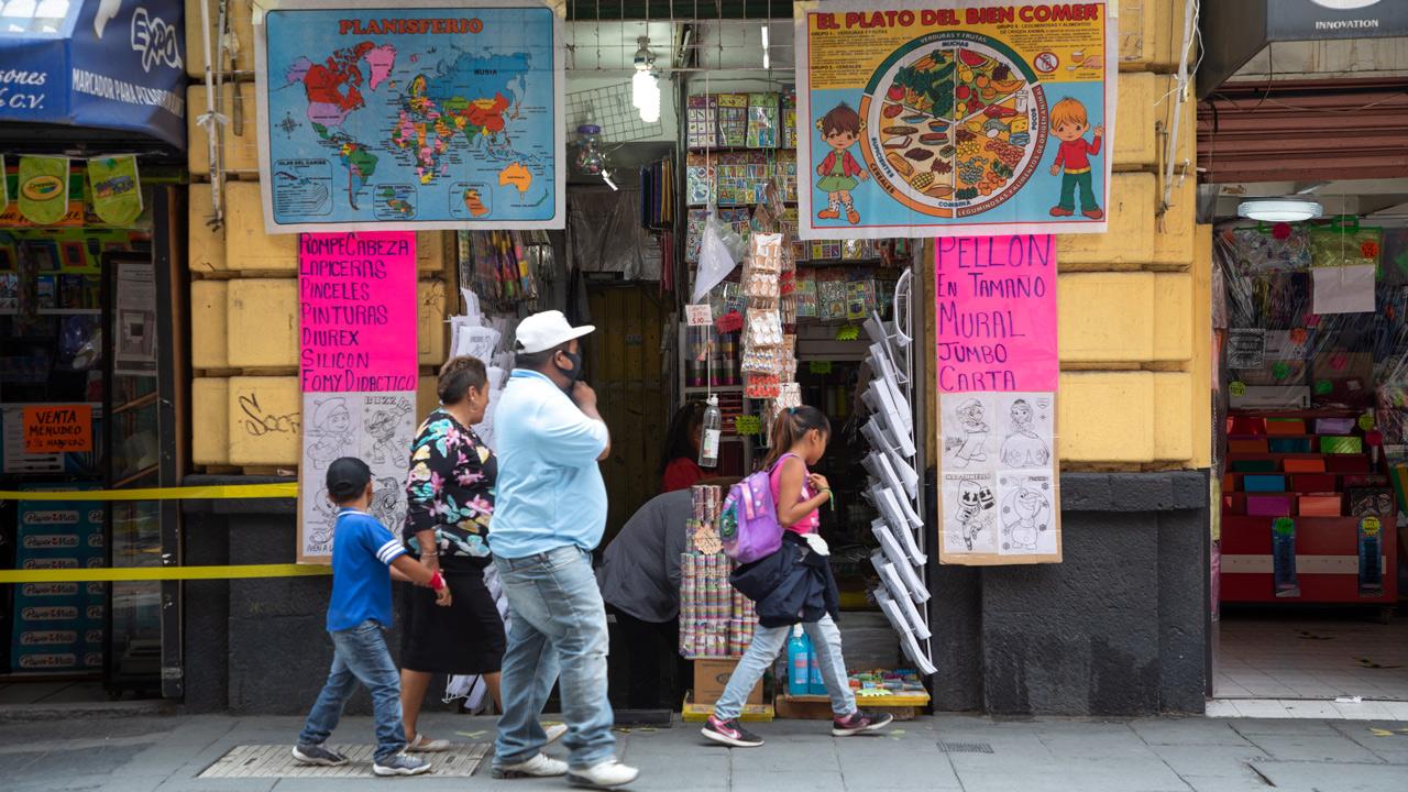 Fotogalería: nuevo ciclo escolar a distancia afecta a papelerías;  ventas caídas del 70%