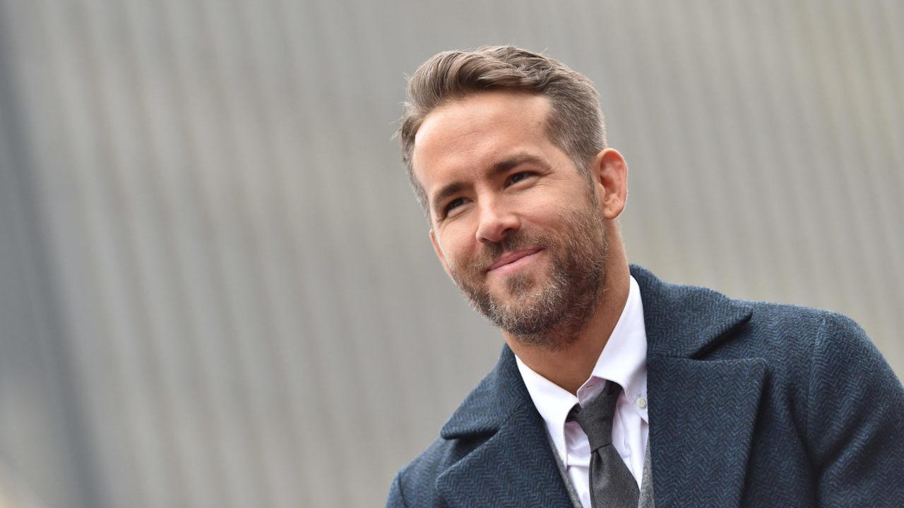 Ryan Reynolds vende participación de su famosa marca de ginebra
