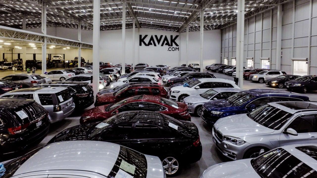 Kavak levanta 485 millones de dólares; alcanza valoración de 4,000 mdd