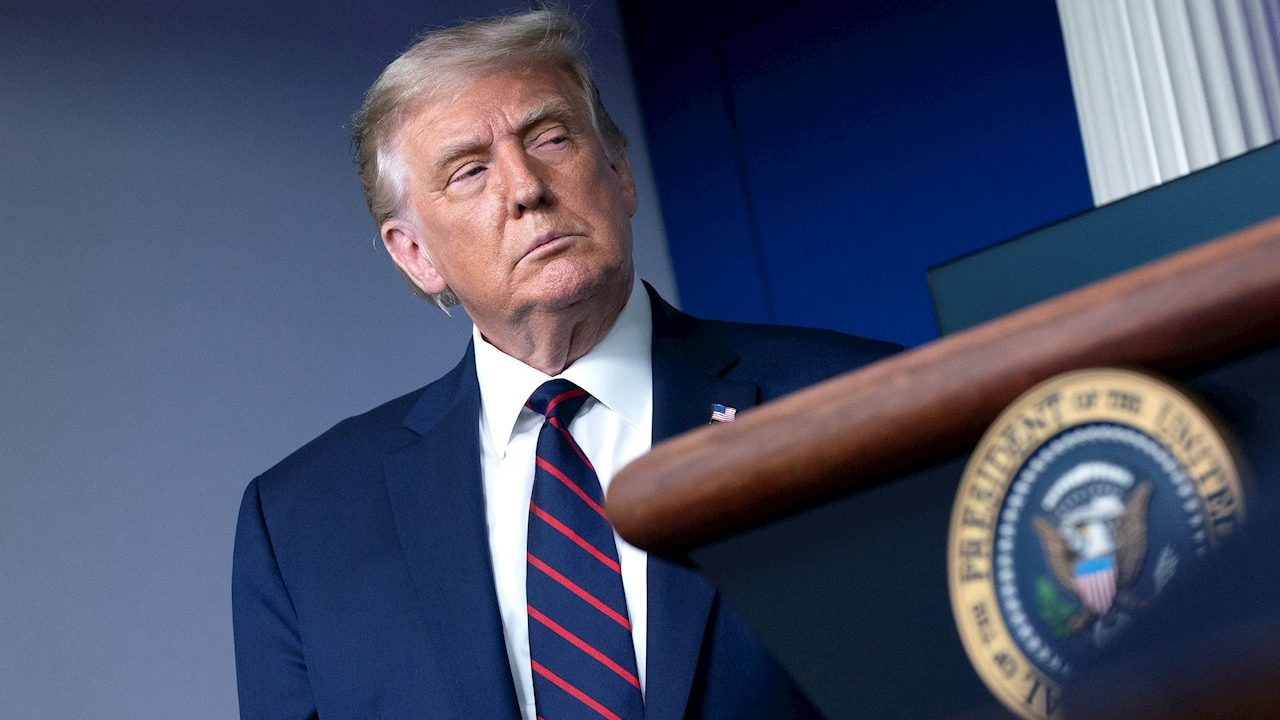 Legisladores se quejan con Trump sobre política energética de México
