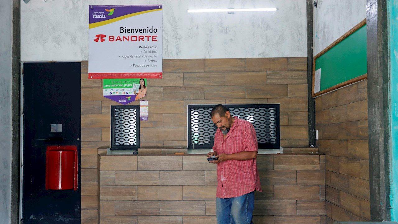remesas-empresas_suben_pandemia_reuters_forbes_mexico