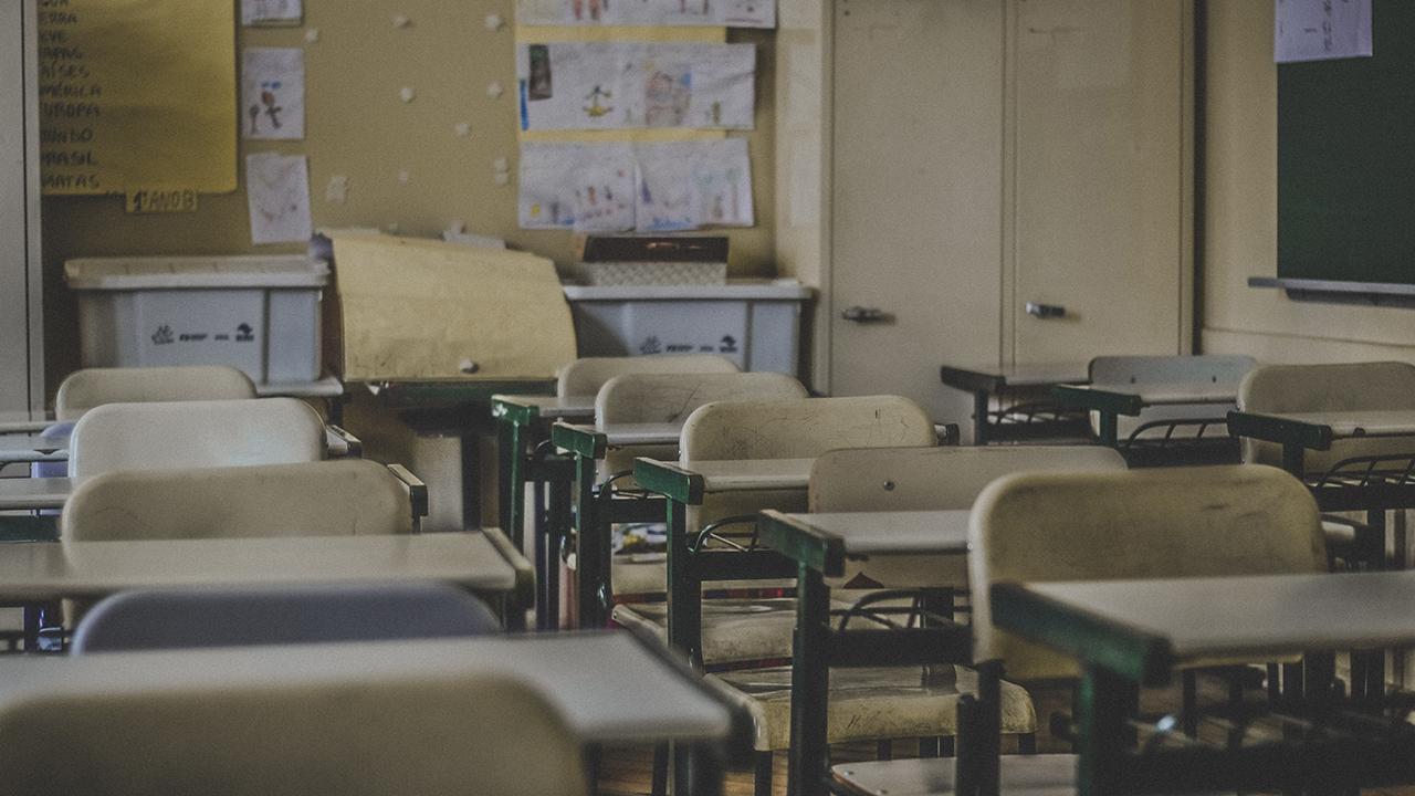 Ventilación y tecnología de vanguardia contra Covid-19 necesitarán las escuelas para reabrir: experto
