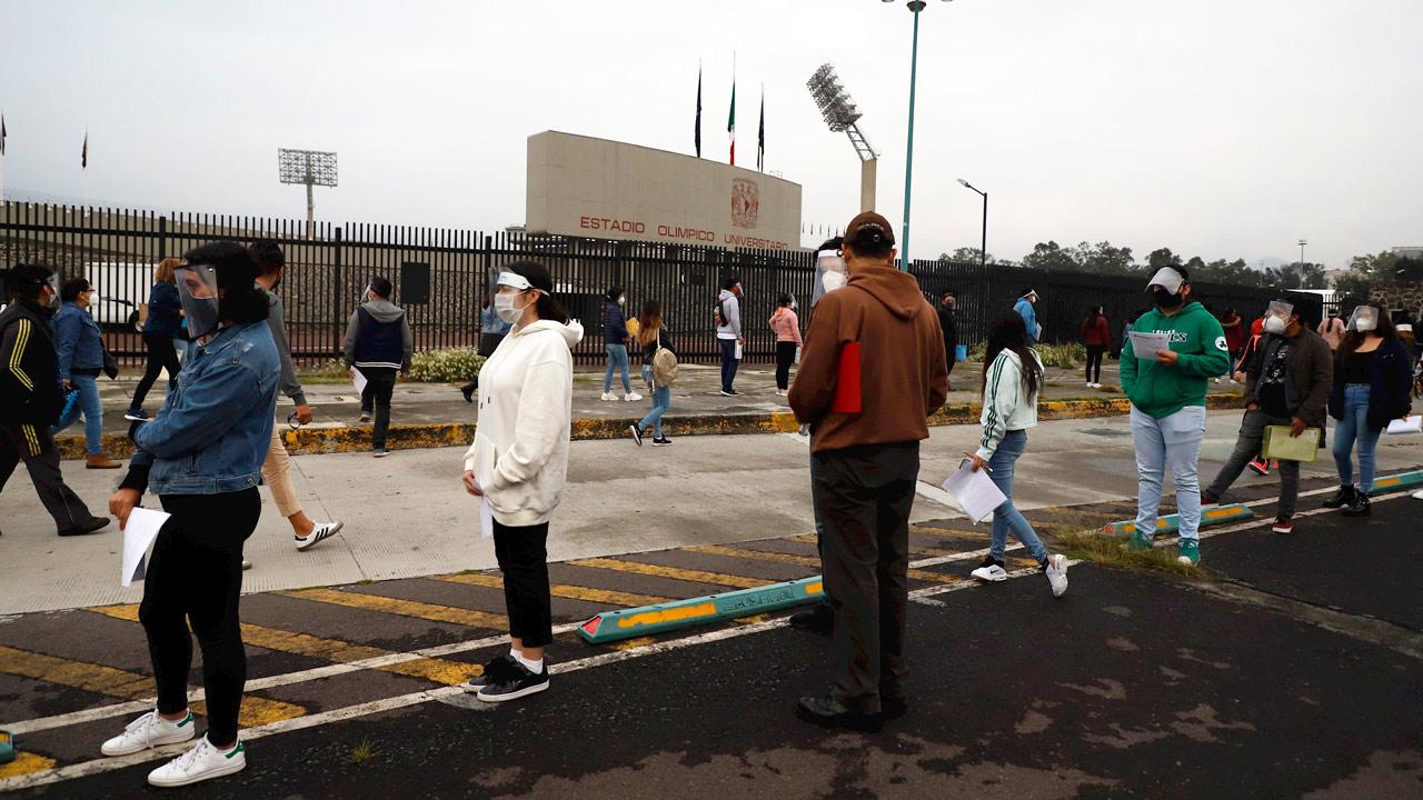 Estadio Olímpico se convirtió en la sede de la aplicación de examen de admisión a la UNAM