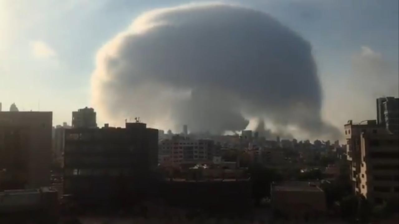 'Hongo' formado por explosión en Beirut recuerda a Hiroshima
