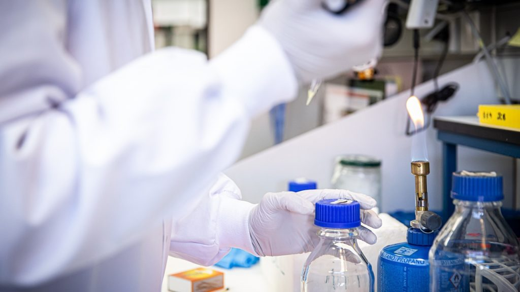 laboratorio-virus-analisis