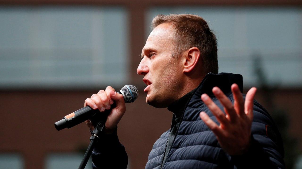Congelan las cuentas de Alexei Navalny, opositor de Vladímir Putin