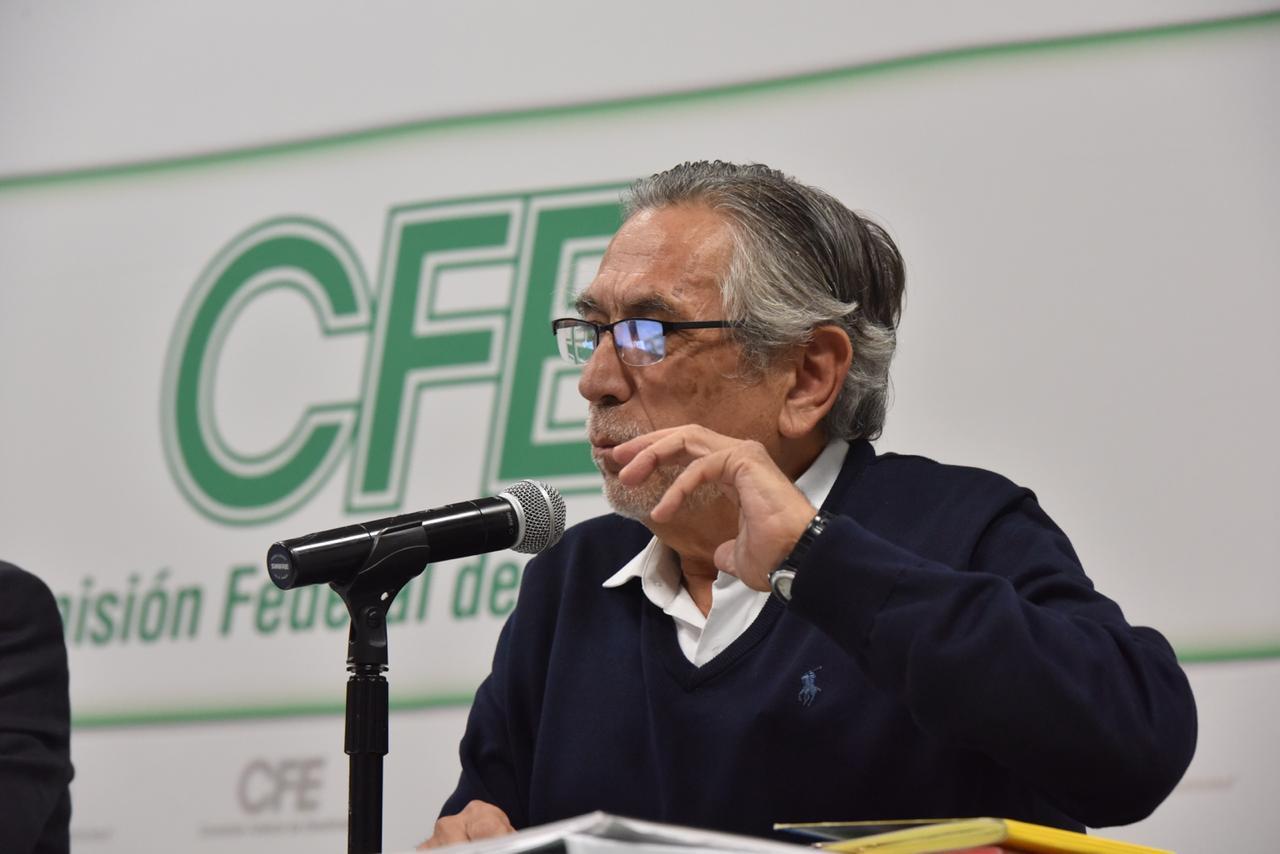 Renuncia el director de Finanzas de CFE, Antonio Rojas