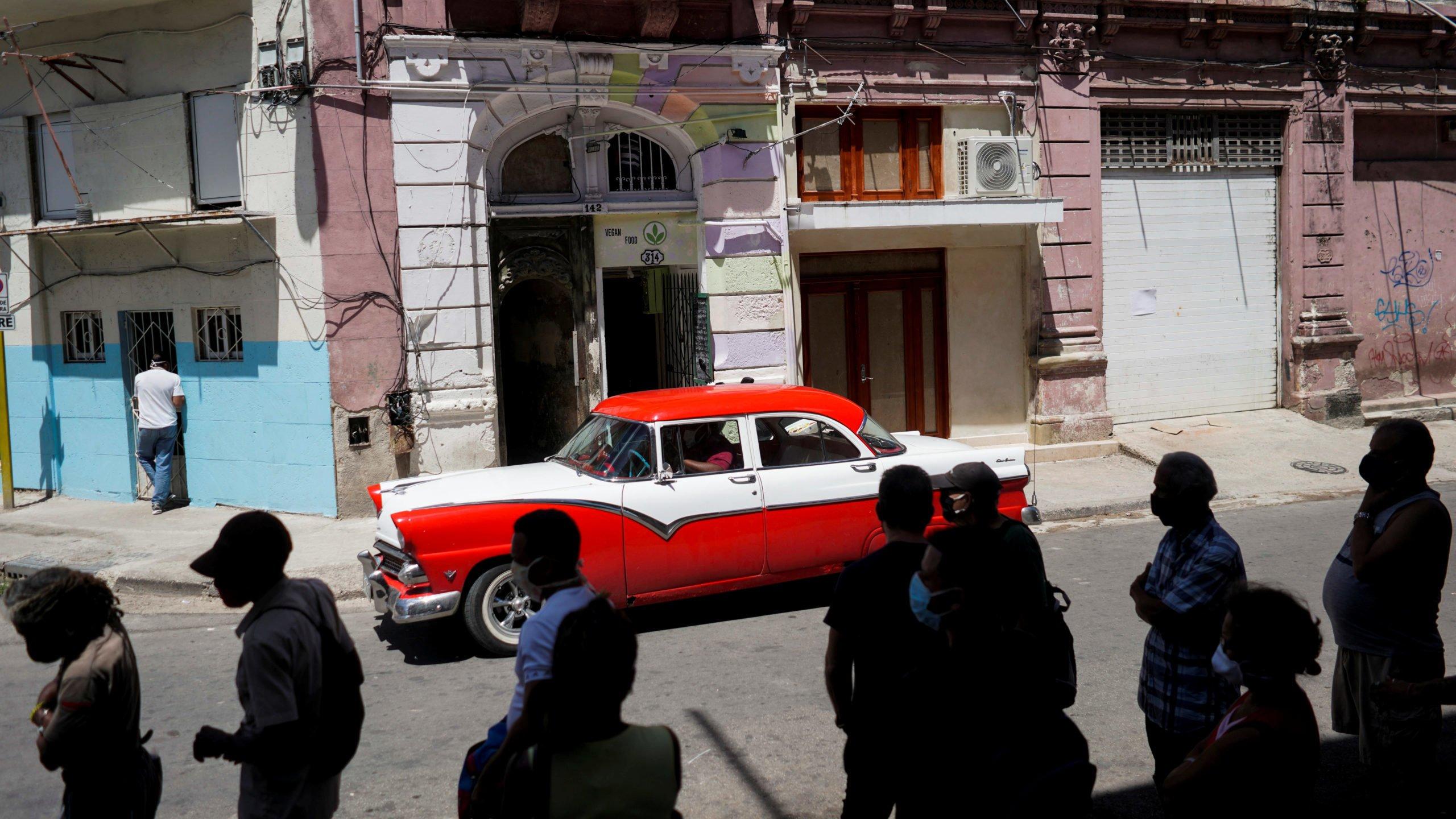 Cuba turistas turismo COVID-19