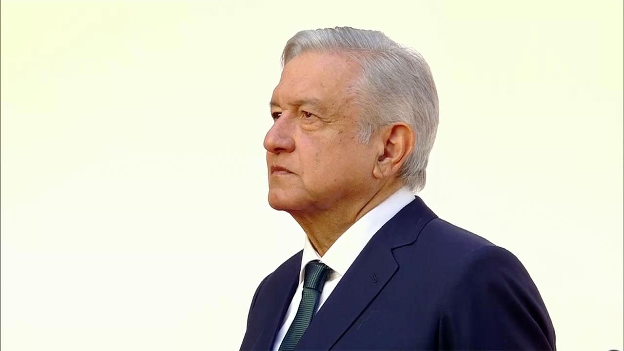 López Obrador pide disculpas a nombre del Estado por caso Ayoztinapa