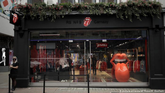Los Rolling Stones abren su primera tienda en emblemática zona del 'rock' de Londres