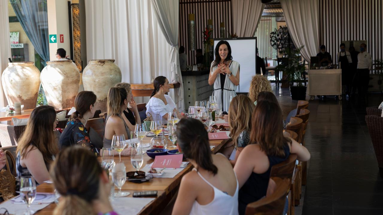 Women's Sanctuary Retreat: reconexión y liderazgo desde los sentidos