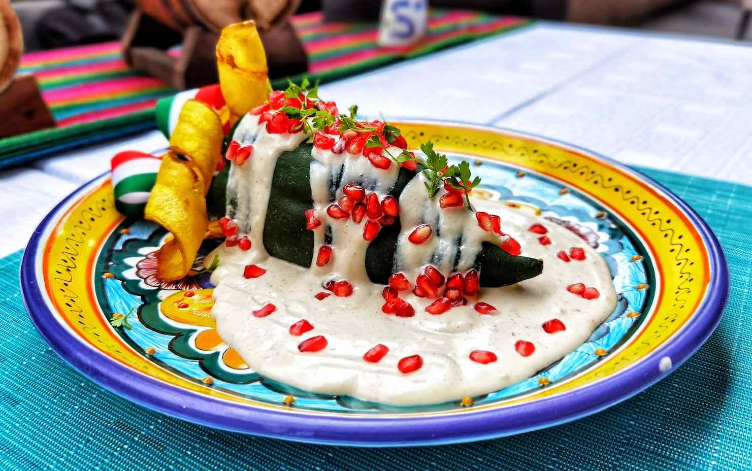 VIDEO: Chef Ciro Mejía revela su receta de amor para el chile en nogada