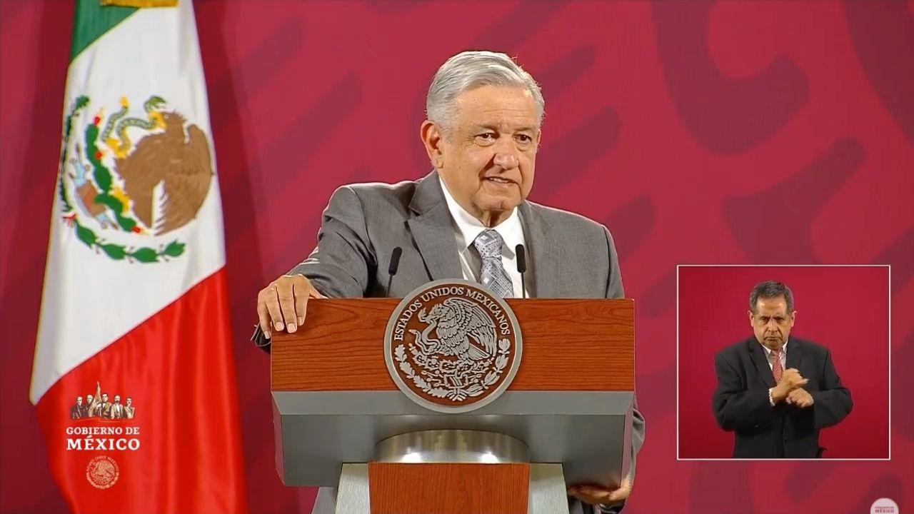 'Quitarle el fuero al presidente es histórico', celebra López Obrador