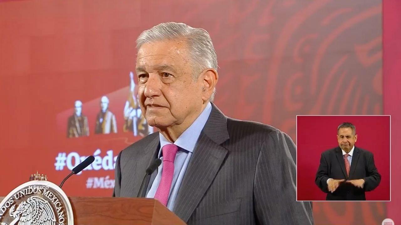 AMLO cuestiona a magistrado por consulta: ¿Dónde está la violación a derechos de expresidentes?
