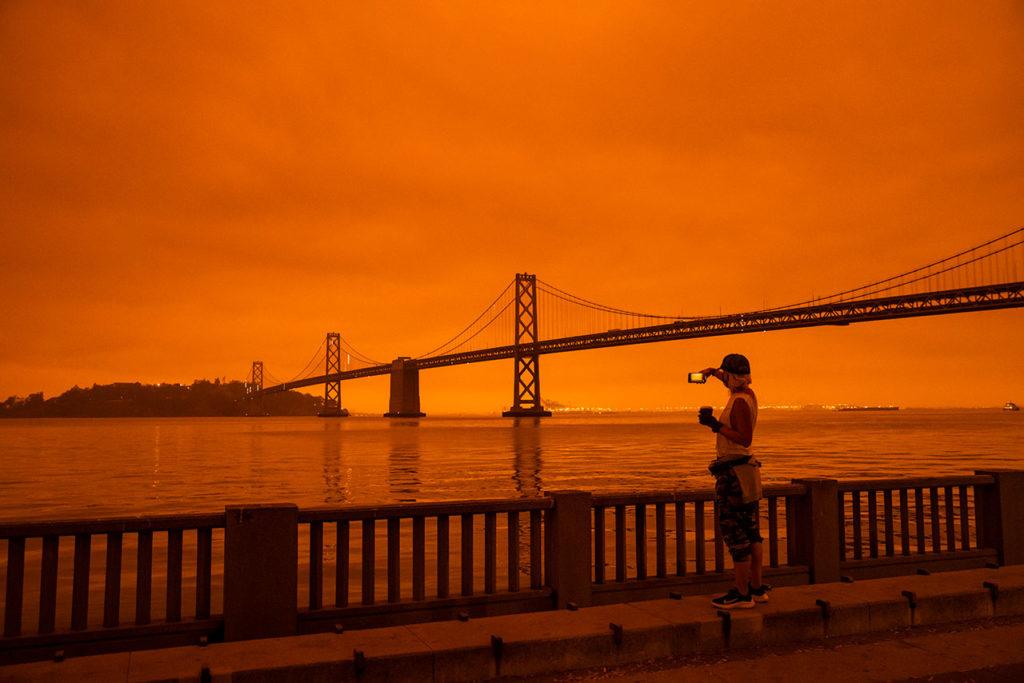 Incendios en San Francisco Wildfires Envelop San Francisco Bay Area In Dark Orange Haze