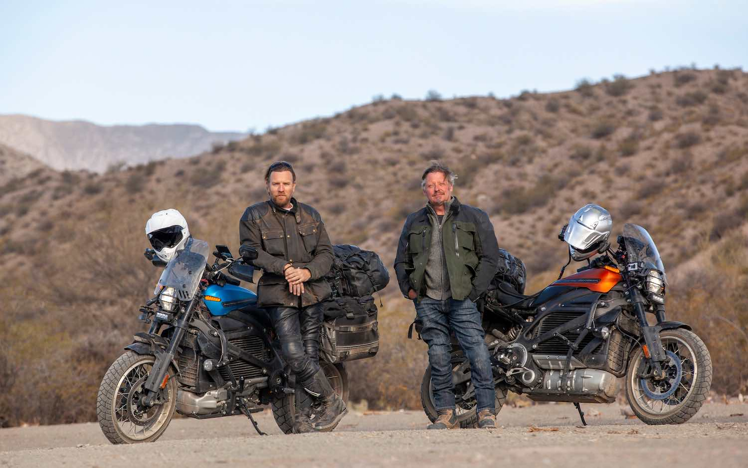 'Long way up': la aventura de Ewan McGregor y Charley Boorman llega a Apple TV+