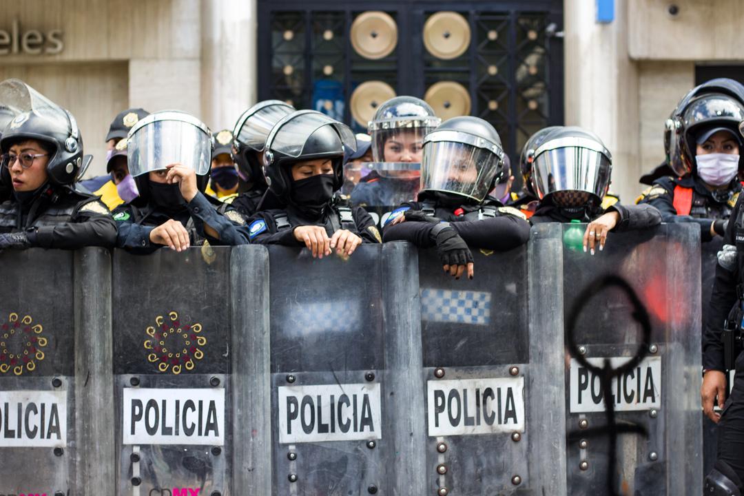 Piden reforma constitucional y salario base de 15,000 pesos a policías