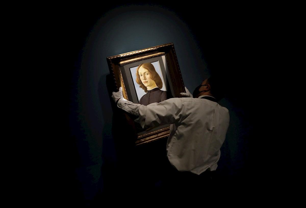 Un raro retrato de Botticelli podría alcanzar los 100 millones de dólares en subasta