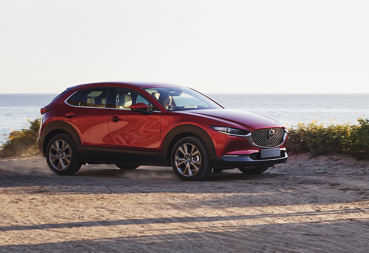 Mazda y Banco Santander anuncian alianza en servicios y beneficios financieros
