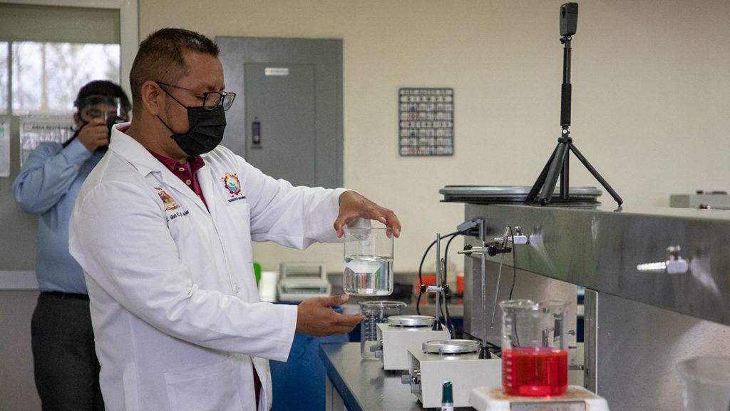 Gel Antibacterial Tecnológico de México