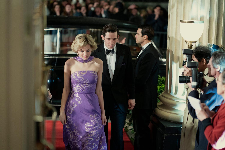 'The Crown' presenta imágenes de Emma Corrin como la Princesa Diana